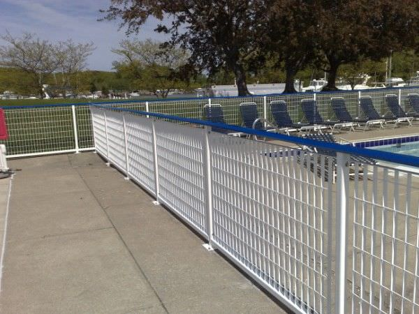 GALVANIZED STEEL RAILING