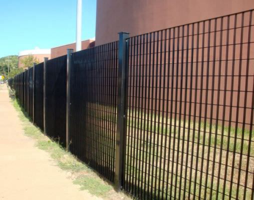 STEEL SECURITY FENCE