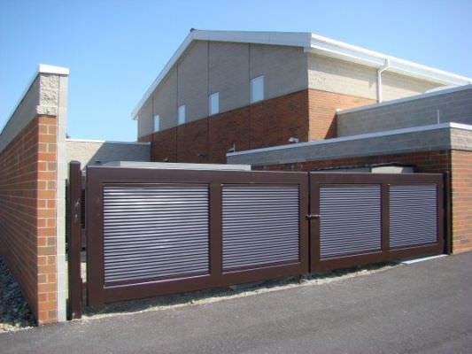 DOUBLE SWING STEEL GATE