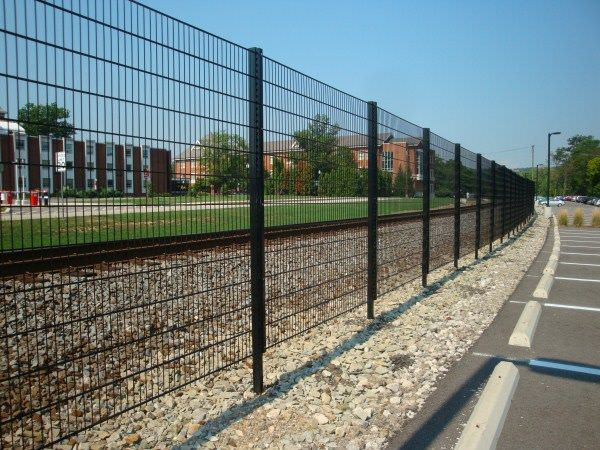 Welded Wire Fence Steel Fence Gates Aluminum Fence