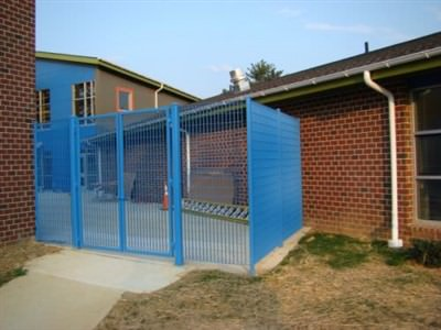 METRO DESIGN FENCE & GATES